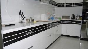 Кухня с фасадом Эмаль-001