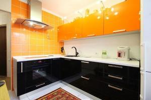 Кухня с фасадом Эмаль-004