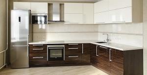 Кухня с фасадом Эмаль-023