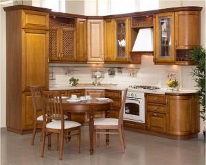 Кухня с фасадом Массив-002