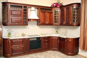 Кухня с фасадом Массив-004