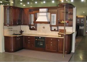 Кухня с фасадом Массив-014