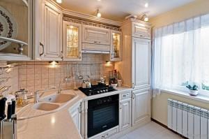 Кухня с фасадом Патина-005