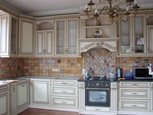 Кухня с фасадом Патина-012