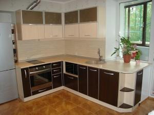 Кухня с фасадом Пластик-006