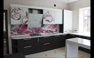 Кухня с фасадом Пластик-030