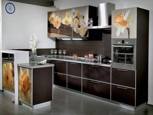 Кухня с фасадом Пластик-036