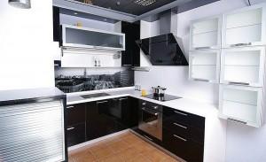 Кухня с фасадом Пластик-086